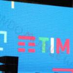 Data Room: dipendenti Tim coinvolti nel furto di 1 milione di dati